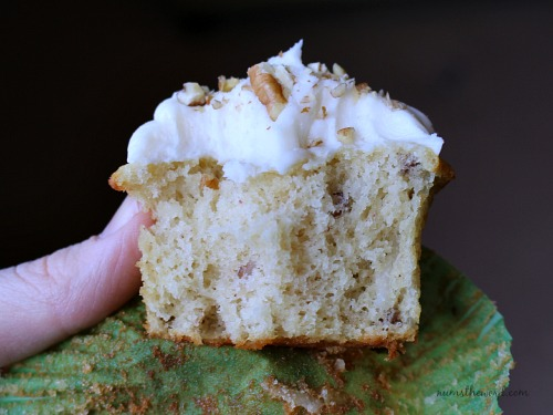 Italian Cream Cheese Cupcakes